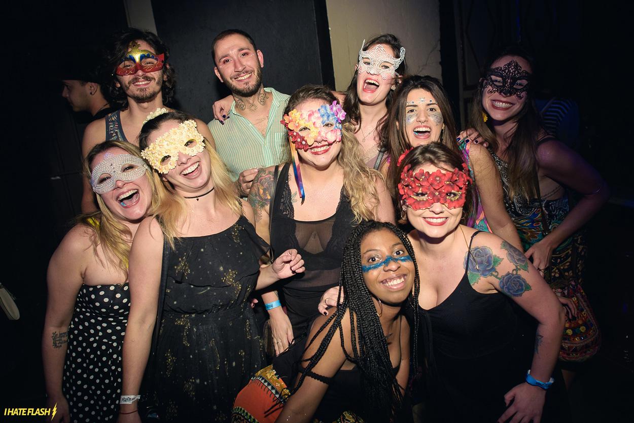 Pilantragi: Baile de Máscaras