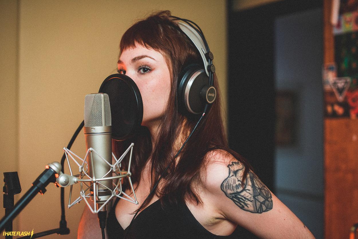 Jade Baraldo desafia o zodíaco e impõe sua marca (e voz)