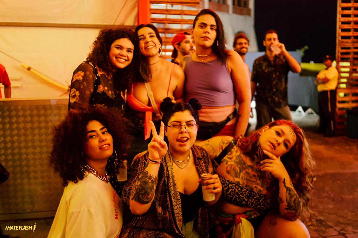 PEOPLE - PABLLO VITTAR + DUDA BEAT + ÀTTØØXXÁ + BAILINHO DE QUINTA